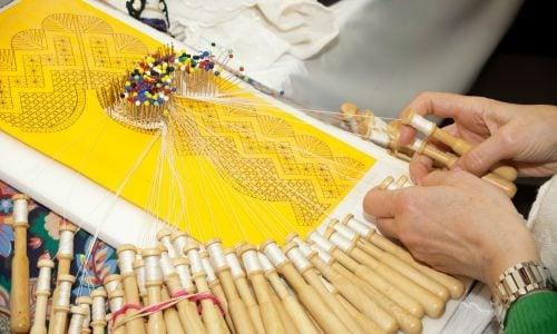 Dubbo Arts and Crafts Society - Bobbin lace